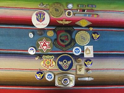 LOT OF MILITARY ITEMS IN USED CONDITION BADGES, RIBBONS, PINS, INSIGNIA, ETC.