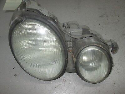 Mercedes-Benz W208 CLK Scheinwerfer rechts A2088200261 kein Xenon