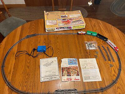 Life Like Trains Thunder Express HO Scale Electric Train Set Santa Fe w box