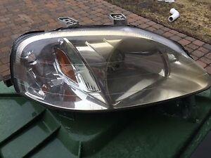 Passenger headlight Honda Civic