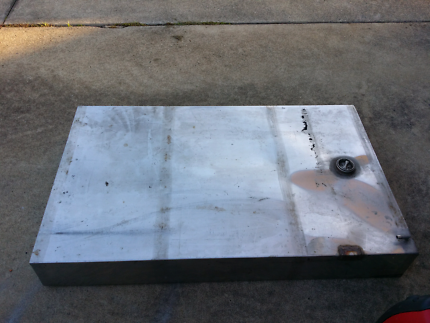 Stainless steel boat fuel tank
