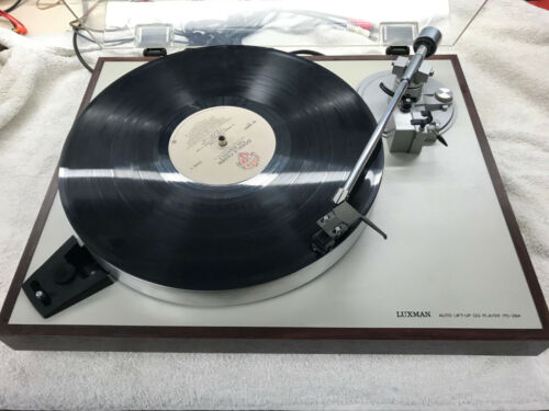 Luxman Turntable PD 284 Shure M111E -REDUCED!