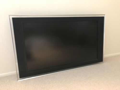 "Sony Bravia KDL-40XBR5 40"" 1080p HD LCD Internet TV"