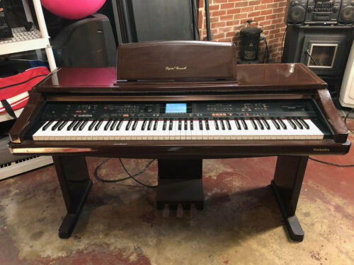 Technics sx PR 900 Electronic Piano In Very Nice Condition.
