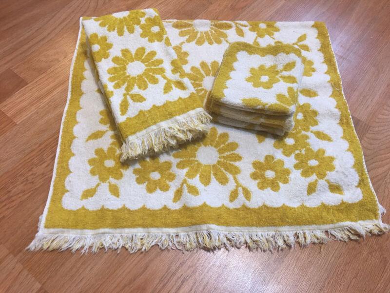 Vintage Bath Towel Lot Of 9 Mcm Mustard Yellow Fringe