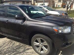 Toyota Highlander Sports
