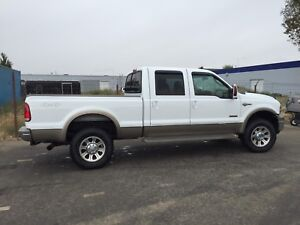 2005 Ford F-350  King Ranch 4 by 4 diesel