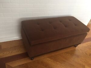 New, Beautiful Brown, tufted, Velvet Storage Bench Ottoman!