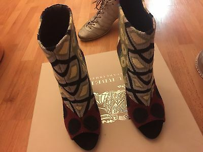 burberry tapestry bateson105 peep toe bootie size 4 new with box no (Burberry Returns)