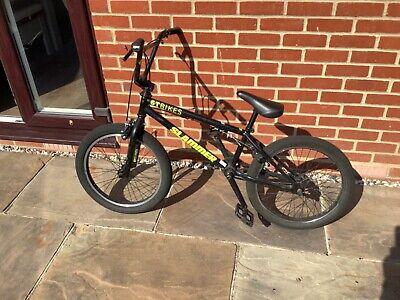 GT Slammer BMX in black 20 inch wheels