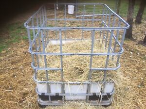 Sheep feeder