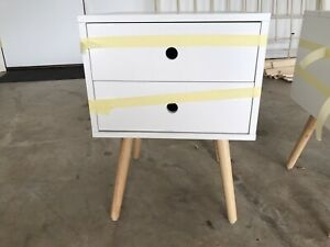 2x white Bedside tables