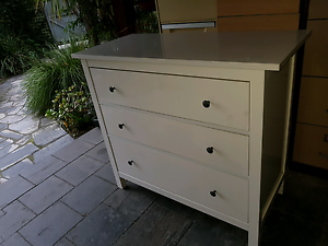WHITE 3 DRAW TALLBOY Sandringham Bayside Area Preview