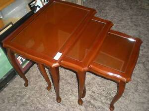 Nest of Cedar Tables, Queen Anne Reproduction Windsor Hawkesbury Area Preview