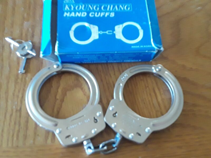 Vintage Rare Kyoung Chang Handcuffs With Box And Keys  Cuffs Rare L & R model