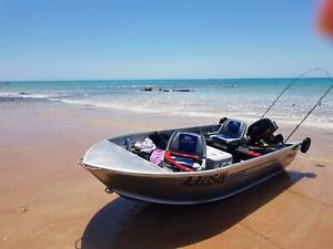 SEA JAY Aluminium Boat, 15 HP Mercury Motor, Roof Rack plus more