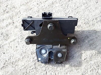 Volvo V50 S40 Tailgate / Boot Catch 2004 On
