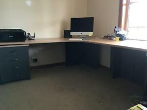 Office desk and draws Valentine Lake Macquarie Area Preview