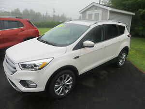 2018 Ford Escape 2018 Ford Escape - Titanium 4WD