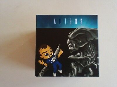 "September 2017 LootCrate - Aliens - ""Queen-takes-bishop"" mini-figure"