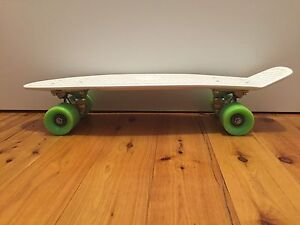"""*NEW* Penny Original 22"""" Skateboard (White and Green) Westmead Parramatta Area Preview"""