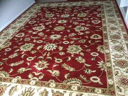 Large Floor Rug 4m X 3m Almost New