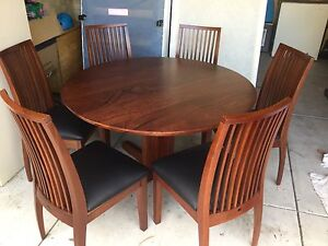 Jarrah table & chairs Bicton Melville Area Preview