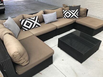 Wicker Modular Lounge and Dining set