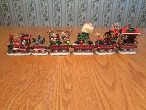 The Dachshund Christmas Express Dog Train DANBURY MINT Ever Displayed? Nice!