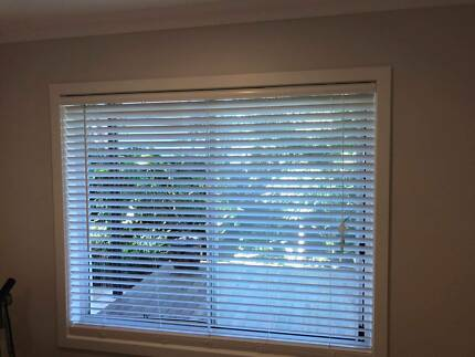 White Timber Venetian Blinds In Central Coast Nsw Region Nsw