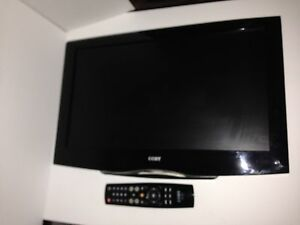 Barely used COBY TV WITH easy wall mounting arm +DVD+ VCR