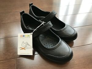 Brand new GEOX girls black leather dress shoes size 29