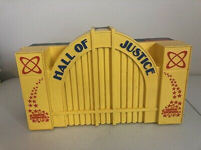 VINTAGE ~ 1984 Kenner HALL OF JUSTICE PLAYSET ~ DC SUPER POWERS-incomplete set