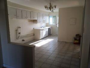 Apartment 5 1/2 à Louer / for Rent