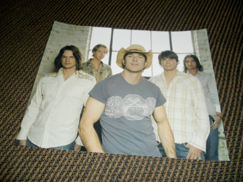 Lost Trailers Band Sexy Country Music Promo Color 8x10 Photo #1