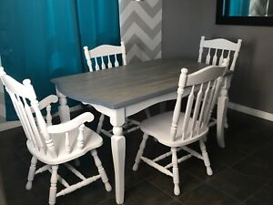 Refinished Country 5 Piece Dinning Set