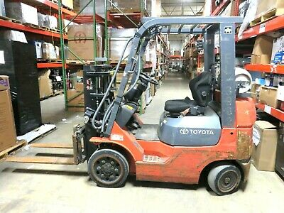 Toyota 7fgcu20 Side Shift Forklift Type Lp Short Mast 79 Shipping Available