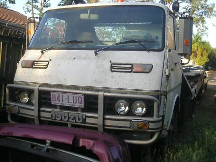 Tow truck beavertail Isuzu 1981 winch ramps unregistered project Dinmore Ipswich City Preview