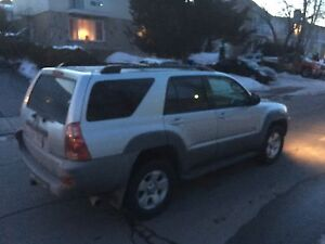 Toyota 4runner 2003 v8 4x4 low mileage!!