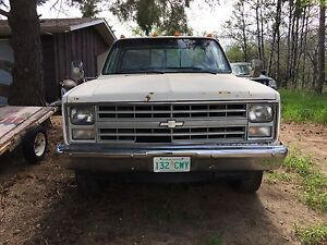 1987 Chevy 3/4ton W/ Sunroof