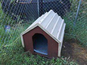 Colorbond dog kennel medium size