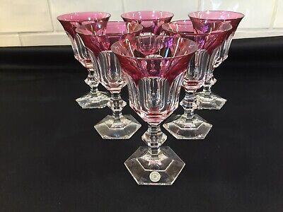 Verre à vin en cristal. METTERNICH cp rouge. H:135 mm  Val Saint Lambert