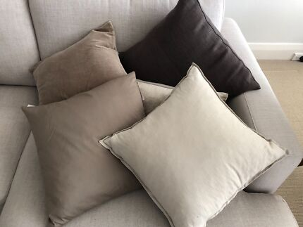 Feather cushions assortment of 5 Neutral tones