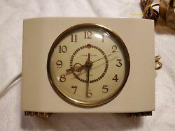 Vintage General Electric Model 7H166 Alarm Clock EUC  Working