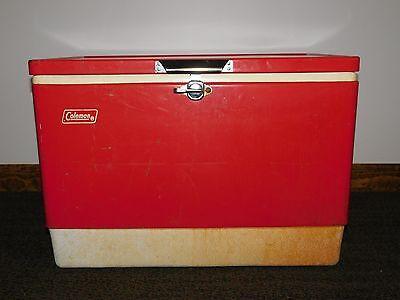 10471286609e VINTAGE PICNIC CAMPING LARGE RED 1979 COLEMAN METAL BEER SODA COOLER