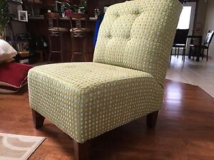 Excellent Quality Light Green Chair