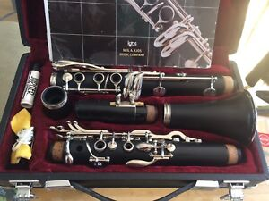 Jupiter clarinet with case, book and extras