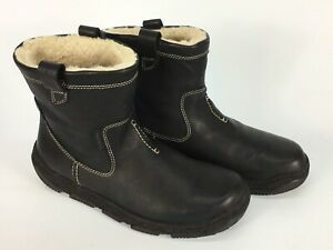 Clark's boots All leather men's 9 shearling lined Excellent