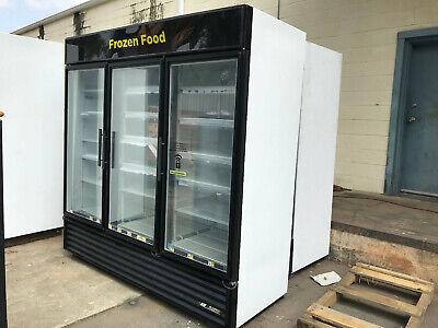 True Gdm-72f-commercial Freezer Merchandiser 3 Glass Doors