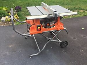 Ridgid Contractor Table Saw with Cart